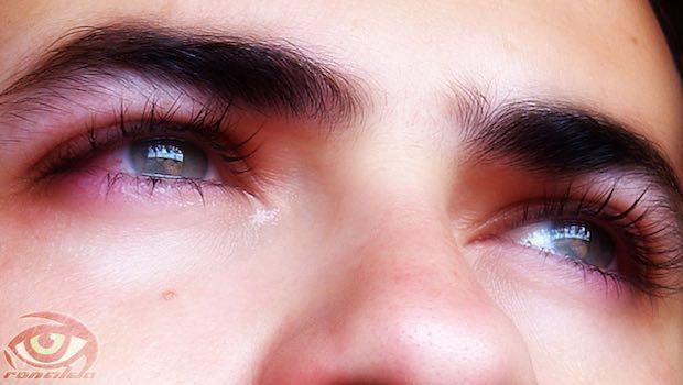 Augen geschminkt traurig