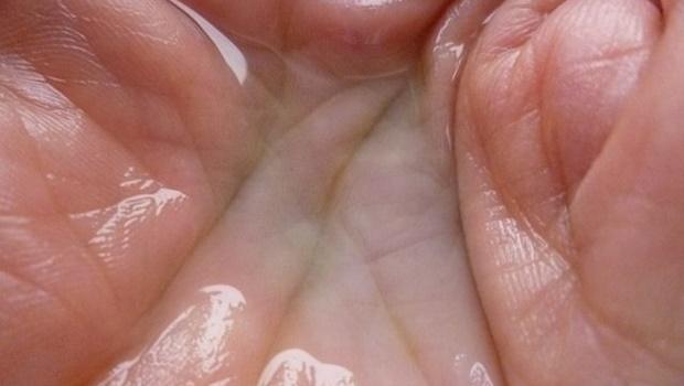 klare Lösung inn Handinnenfläche