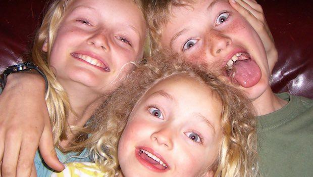drei Kinder albern