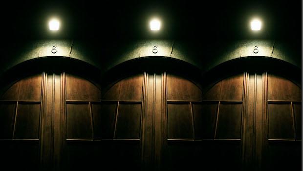Drei Türen Holz Nr 6