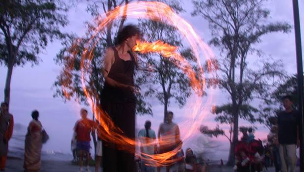 Jonglieren mit Feuer