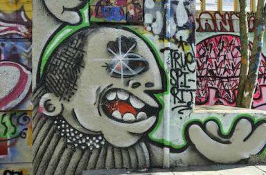 Graffiti Hauswand Comic Kopf