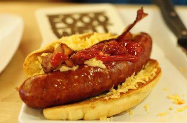 Hotdog vor Serviette