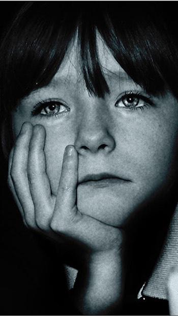 trauriges Kindergesicht