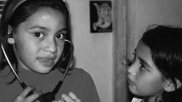 Kinder mit Stethoskop