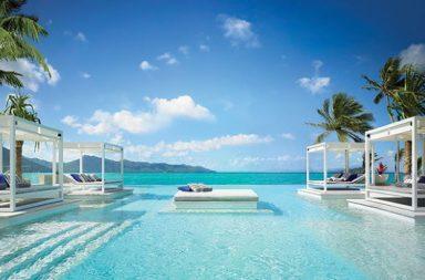 Luxuspool mit Meeranschluss