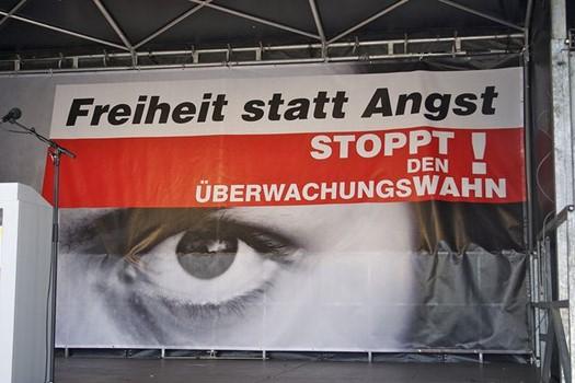Plakat gegen Überwachung