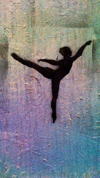 Tänzerin auf bunter Folie Schatten