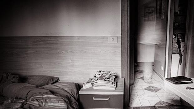 Schlafzimmer Badezimmer verschwommen Ghost