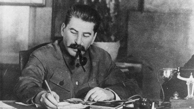 Stalin am Schreibtisch