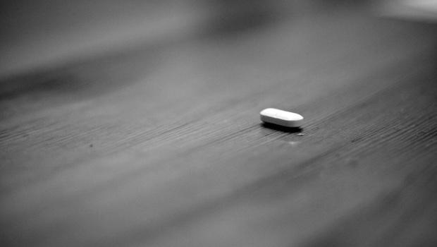 Tablette auf Tisch